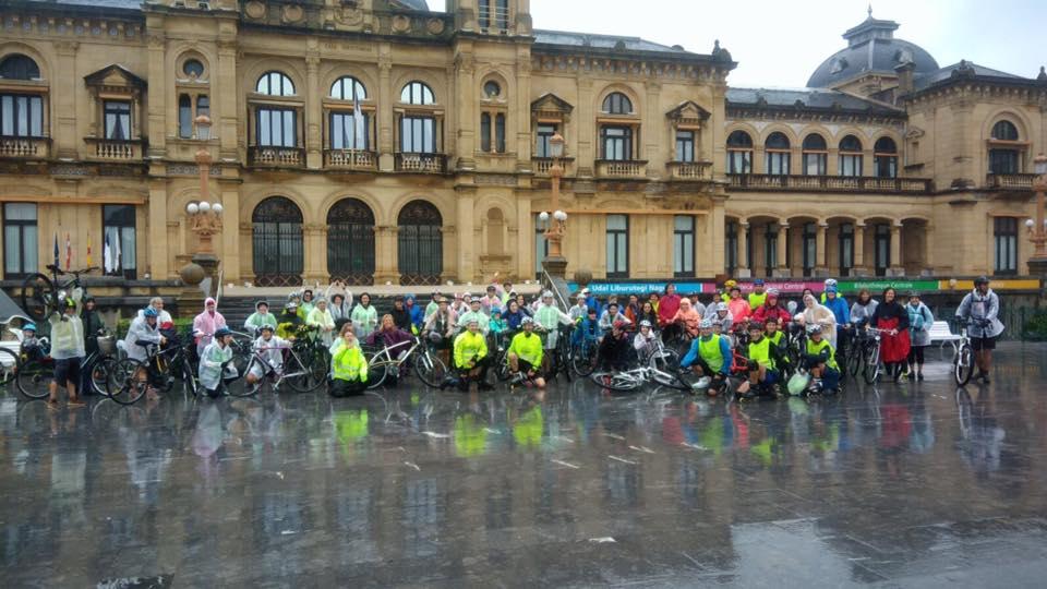 200 mujeres en bici