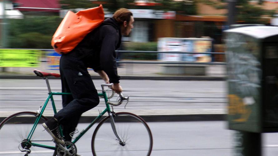 Si eres atracador, usa la bicicleta para huir